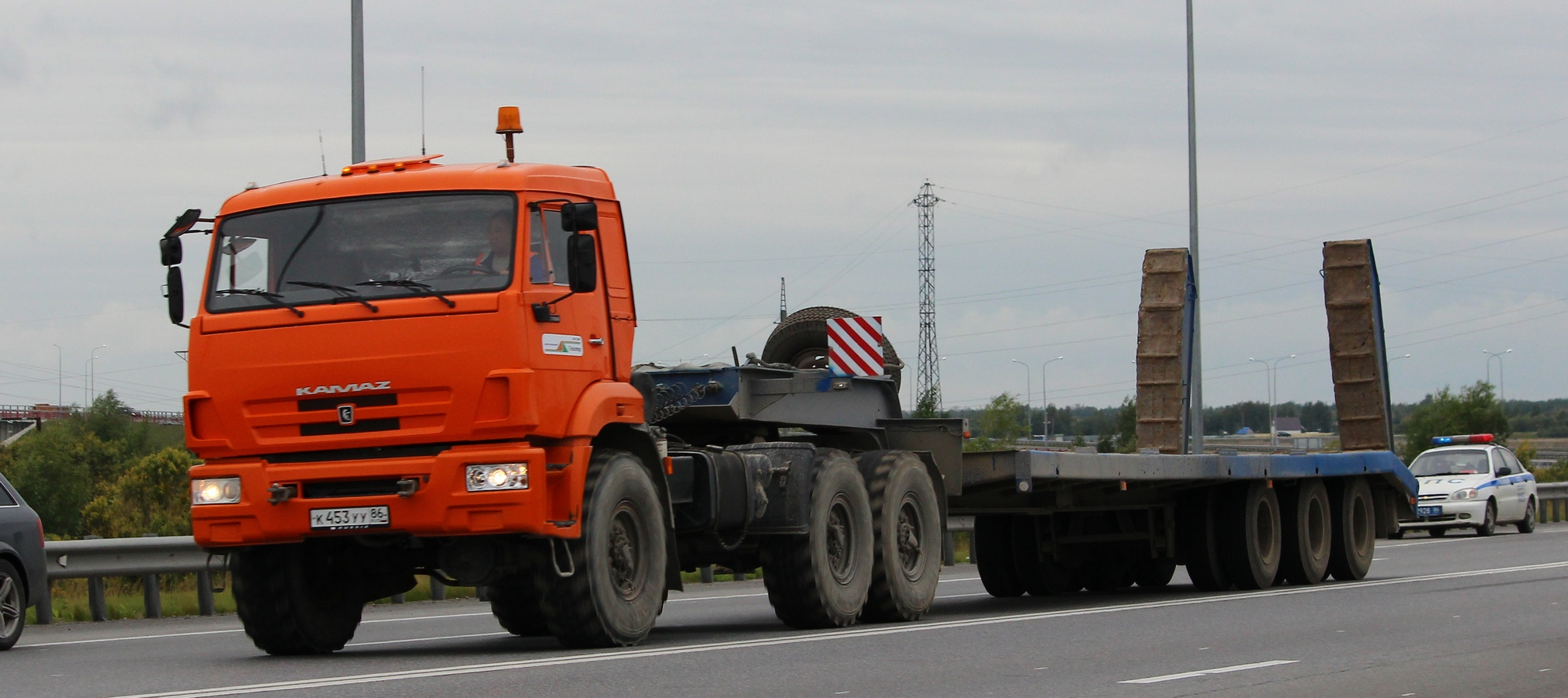 KAMAZ-44108 6X6 GCW 32150 KG, TRACTOR TRUCK (PRIME MOVER)