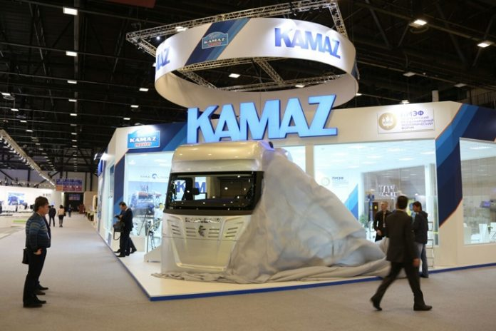 """""""Kamaz"""" with the beginnings of artificial intelligence will go into production in 2017"""